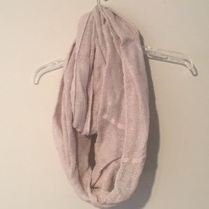 Accessories - Cream scarf with gold tinsel